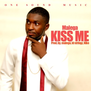 kiss me cover@iam_malega
